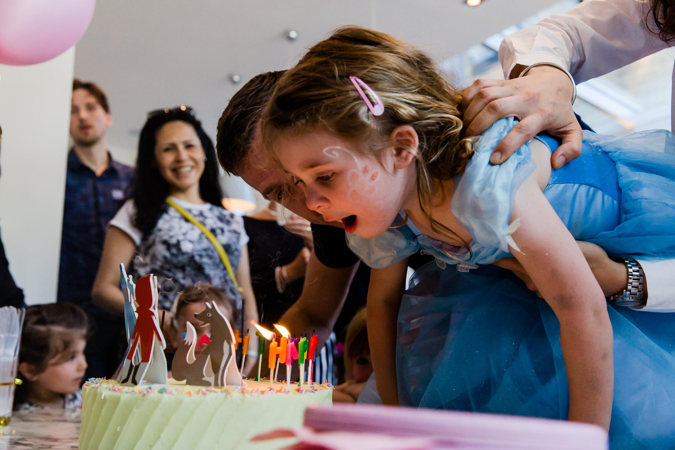 cake, candles, the money shot, child photography, party