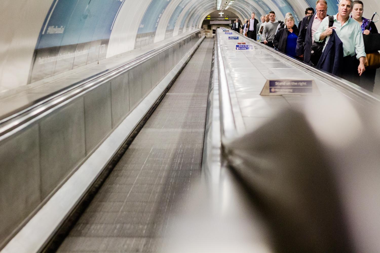 travelator handrail