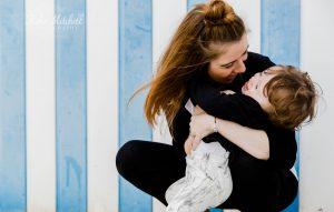 CHILDREN'S COMMERCIAL PHOTOGRAPHER KIKA MITCHELL