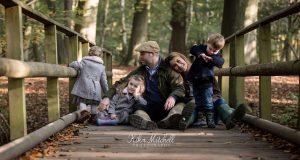 NATURAL FAMILY PHOTOGRAPHS BY KIKA MITCHELL