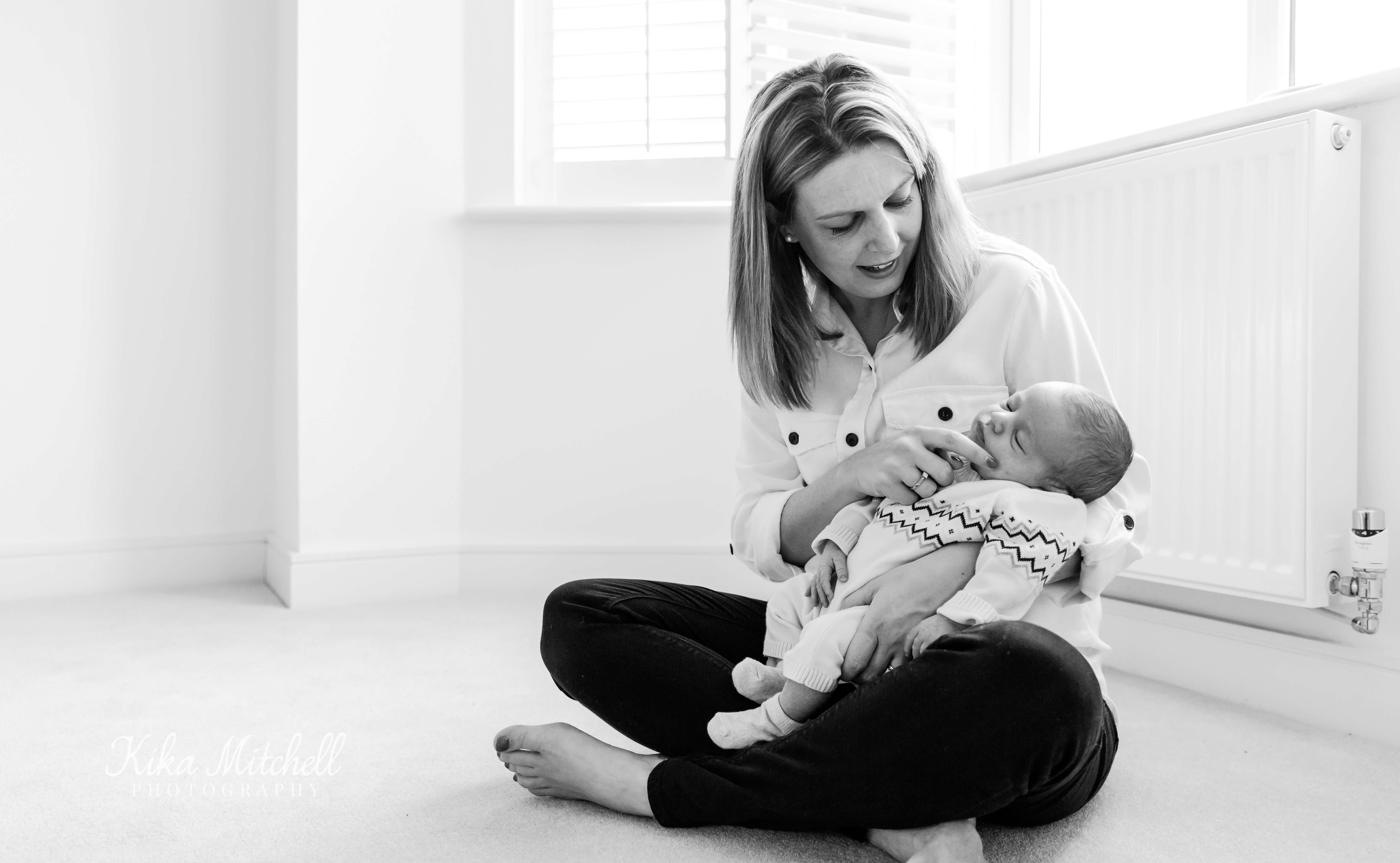 NEWBORN AND MOTHER FAMILY PHOTOGRAPHY ESSEX BY KIKA MITCHELL