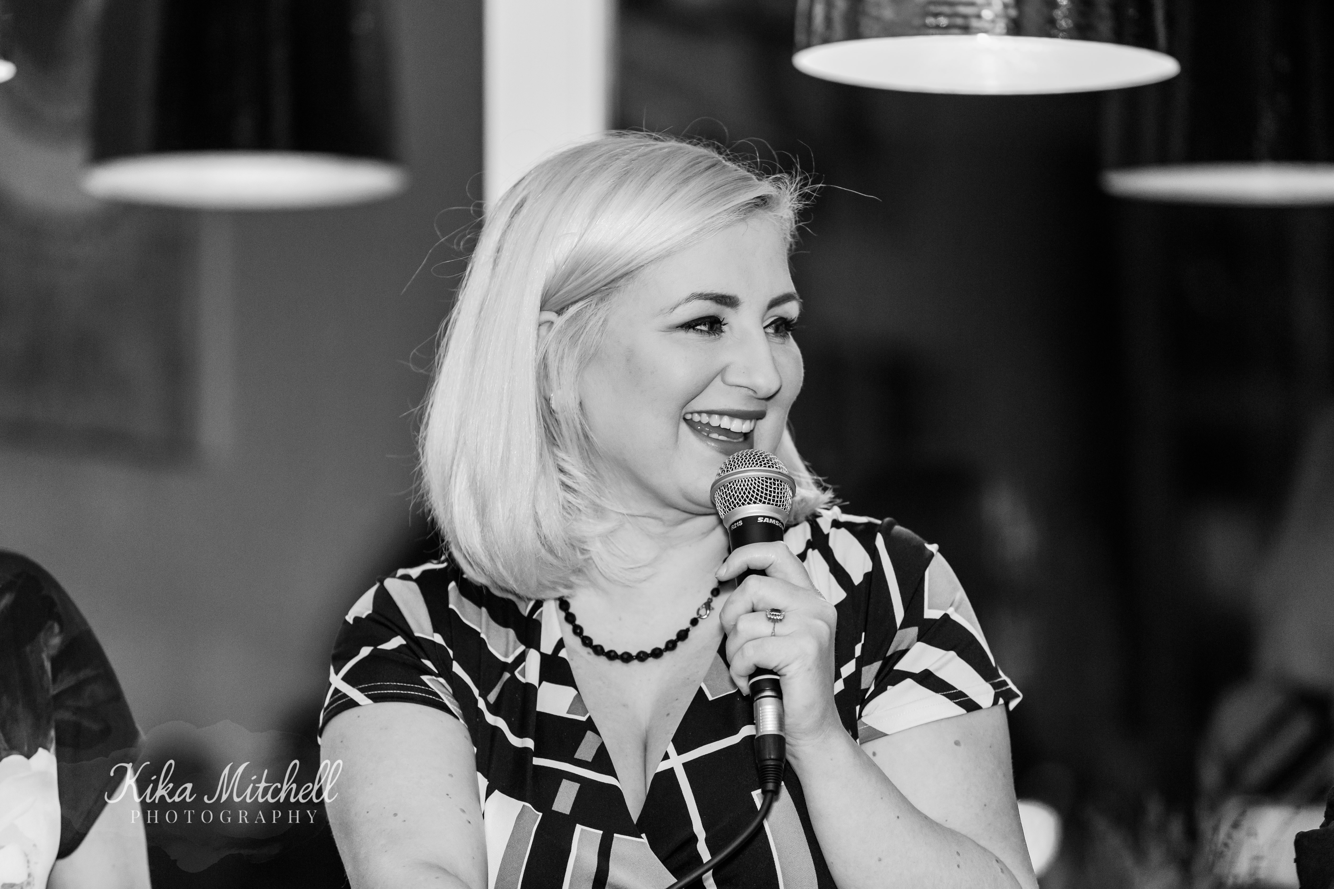 Amy Newland The Mother Hub Mingle panel by Chelmsford Photographer Kika Mitchell