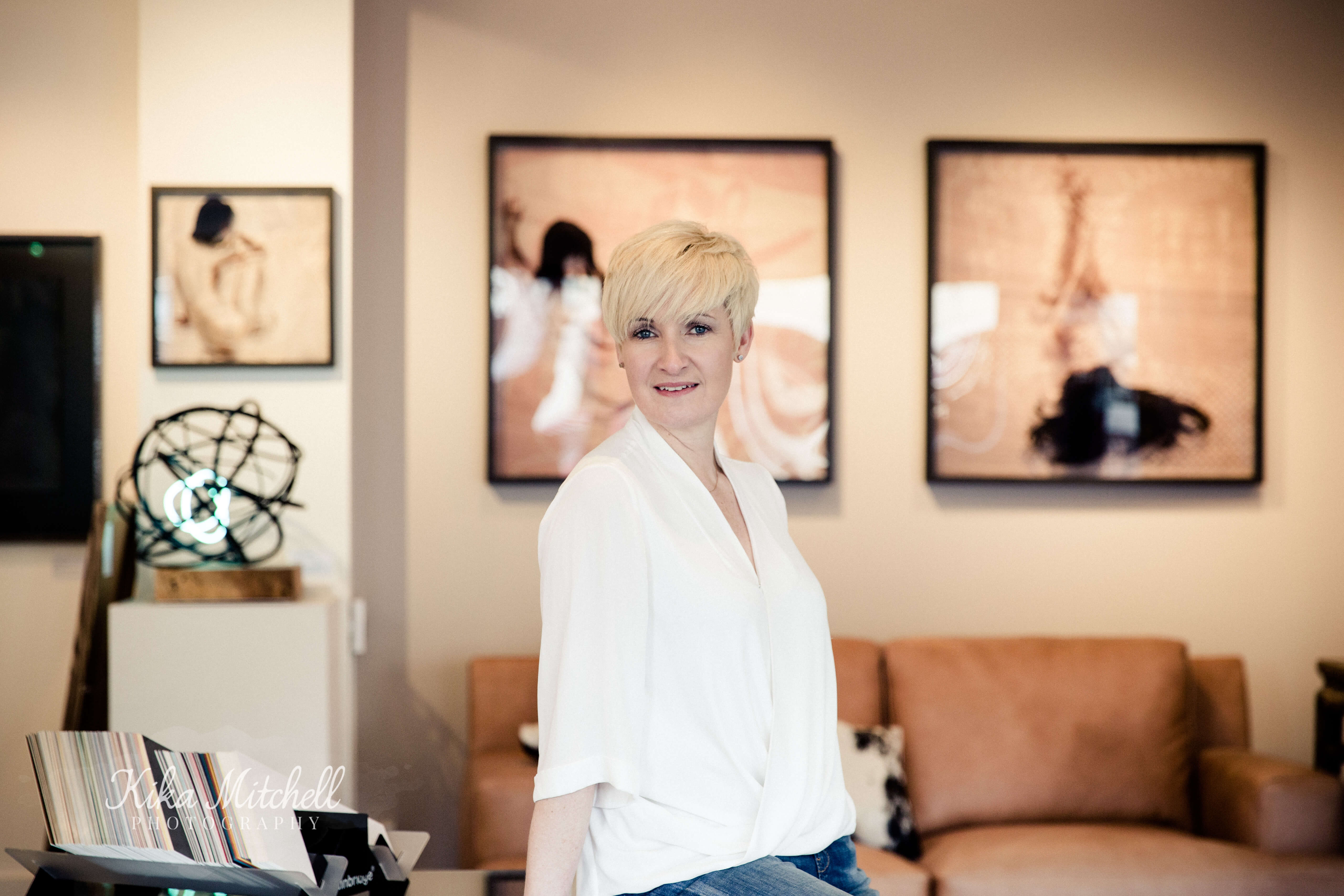 Turner Barnes gallery Shenfield, Soo Turner owner shot by Chelmsford Photographer Kika Mitchell Photography