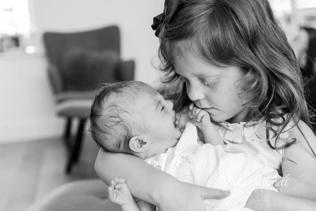 Black and white family and newborn portraits by Chelmsford photographer Kika Mitchell Photography
