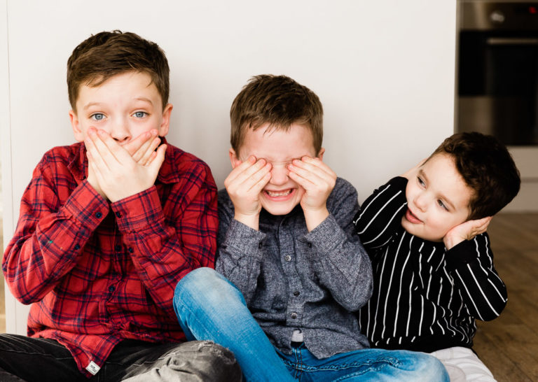 Emily Norris's sons pretend to be monkeys on latest family photoshoot at home in Brentwood by Chelmsford photographer Kika Mitchell Photography